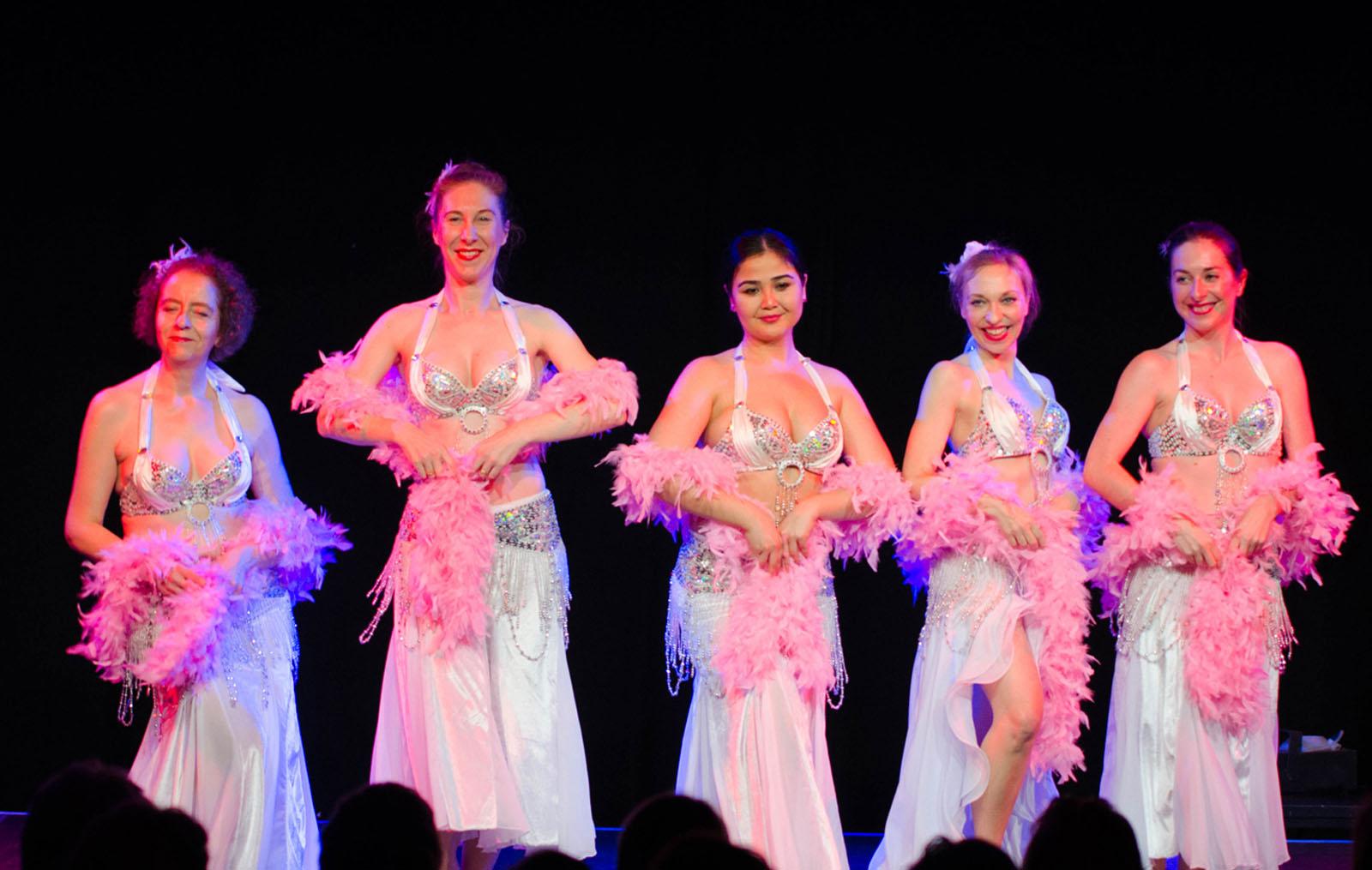 Stuttgartnacht - Show Dance Academy_Bauchtanz Show_bearb