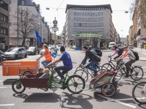 Stuttgartnacht - reallabor mobilitaetskultur lastenradfahrt