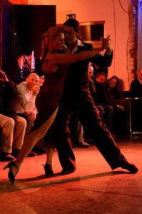 Stuttgartnacht - Milonga im Tango OCHO zur Museumsnacht